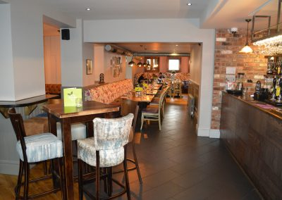 Olive Bar & Grill (32)